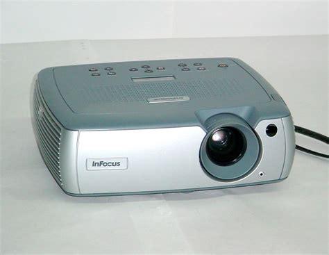 Lcd Infocus infocus lp640 lcd projector 2200 lumens hd 1080p home theater lp 640 14 ebay