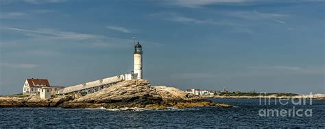 White Island Light White Island Lighthouse Photograph By Thorp
