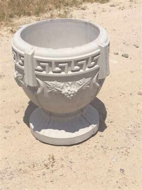 Small Concrete Planters by Patio Planter Small Concrete Grecian Planter Ebay