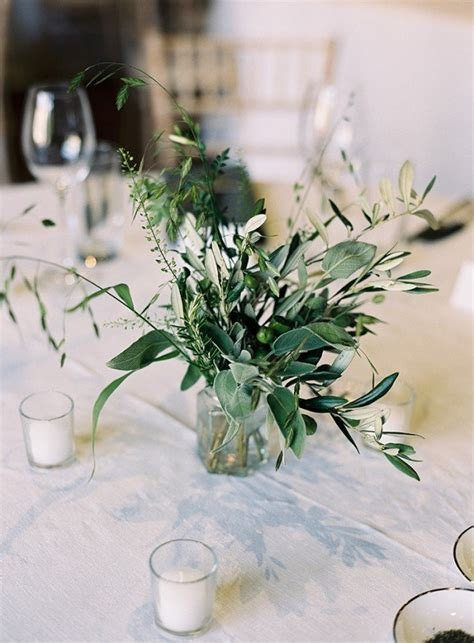 Trending 20 Chic White And Green Wedding Centerpiece Ideas Greenery For Wedding Centerpieces