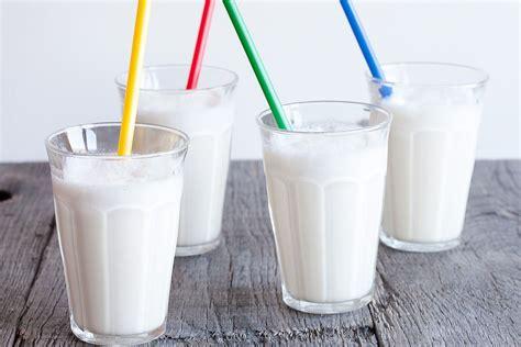 vanilla shake classic vanilla milkshake ohmydish