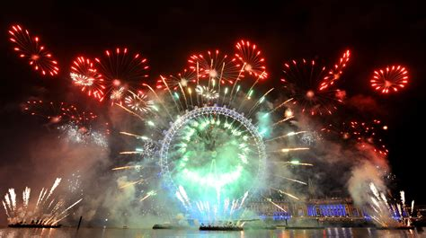 new year 2018 uk celebrations 12 cheerful eye new year s wallpapers in hd for