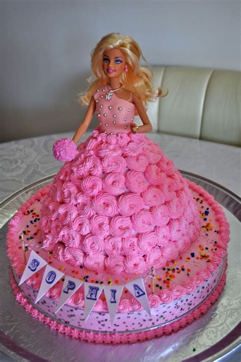 my doll house baka barbie doll cake girl birthday parties pinterest barbie dolls cakes and barbie
