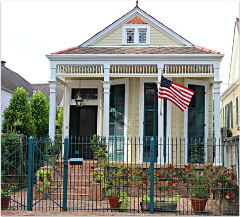 cottages in new orleans uptown new orleans neighborhoods where you will find a