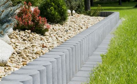 stein palisaden beeteinfassung aus stein holz oder kunststoff ein 220 berblick