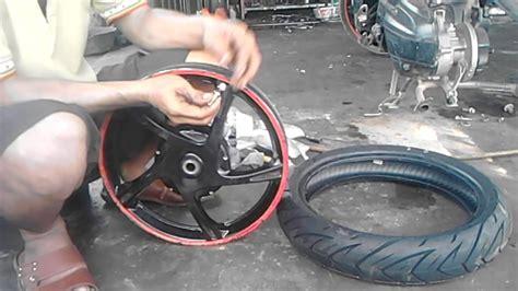 Silicone Motor Pengkilap Ban Motor tutorial cara pasang pentil tubless dan ban tubless motor secara manual