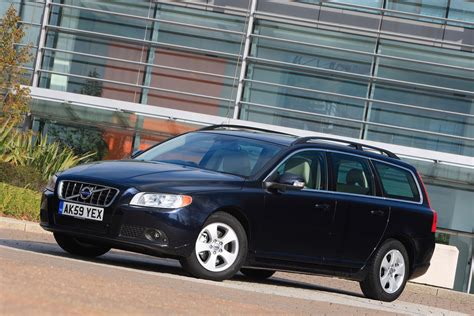 volvo v70 parkers volvo v70 estate 2007 2016 photos parkers