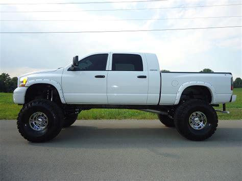2006 Dodge 2500 RAM MEGA CAB $34,500   100523996   Custom