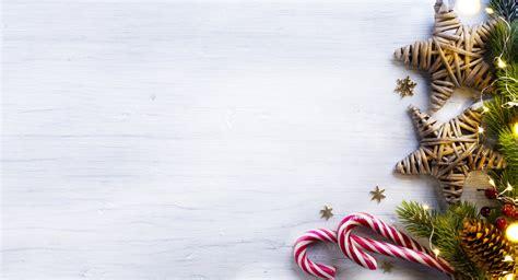 kumpulan gambar dekorasi pohon natal keren