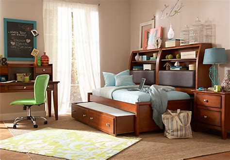 teenager bedroom sets santa cruz cherry 7 pc full bookcase daybed bedroom