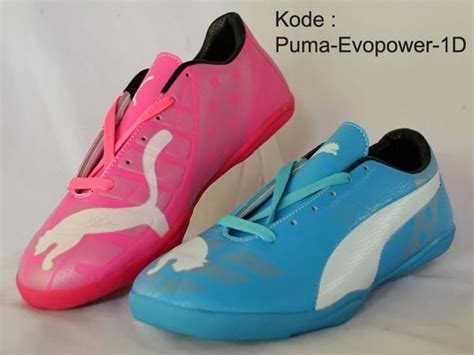 Sepatu Futsal Size 39 43 ig bola18id on quot sepatu futsal evo power bluepink kw size 39 43 harga 140rb