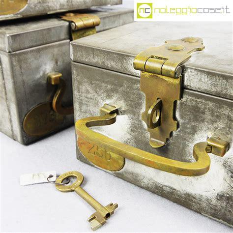 servizio cassette di sicurezza cassette di sicurezza in metallo