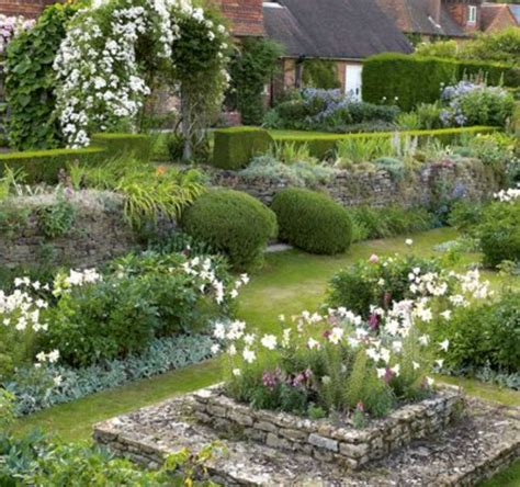 Country Garden Decor Simple And Beautiful Country Garden Decor Ideas 19 Wartaku Net