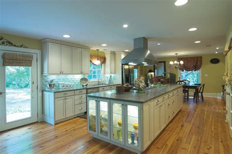 Using Under Cabinet and Task Lighting For Function and