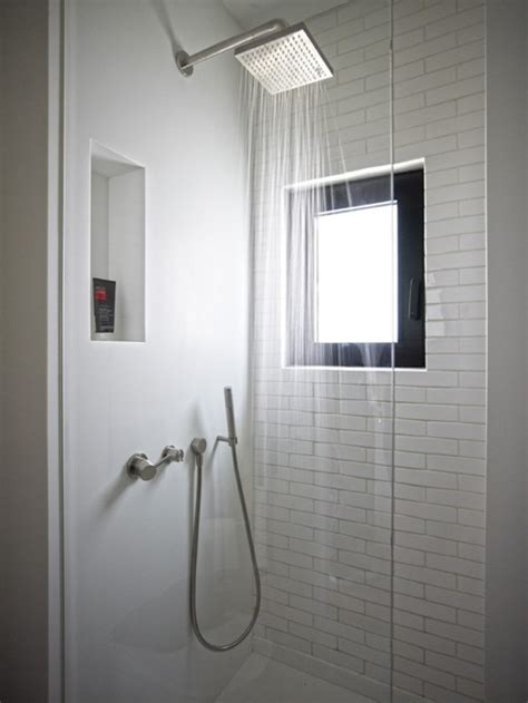 dusche mit fenster 10 moderne coole dusche designs f 252 r ein sch 246 neres badezimmer