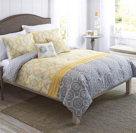 Gray And Yellow Comforters by Best 25 Comforter Set Ideas On Bed Comforter