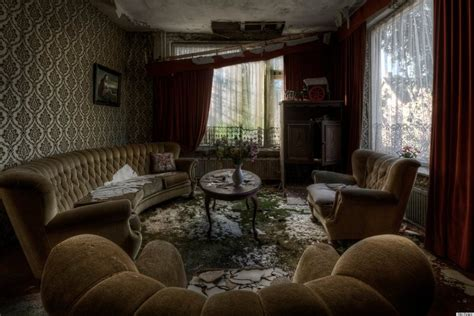 Playboy Mansion Floor Plan by Abandoned Mansion Features Upholstered Furniture Pictures