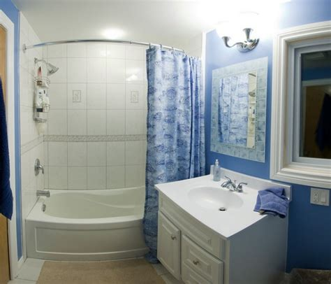 how to make my bathroom look nice small bathrooms can look large if right paints are used on