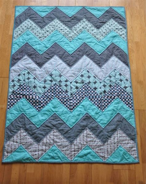 quilt pattern fat quarter 8 fat quarter friendly quilt patterns quilting