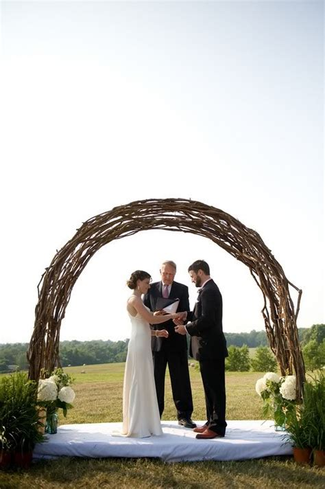 Wedding Arch Branches by Where Can I Find A Wedding Arch Made Out Of Twisted Twigs