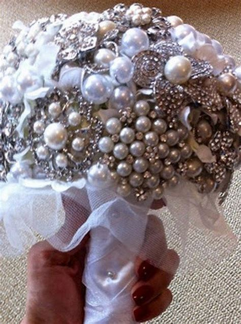 wedding bouquets you can make 17 best images about diy brooch wedding bouquets on