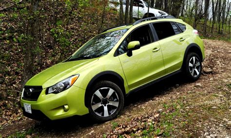 subaru crosstrek offroad off road test review 2014 subaru crosstrek hybrid is