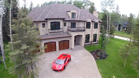 luxury homes winnipeg luxury home buyers find discounts in calgary area