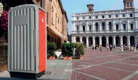 bagni ecologici prezzi bagni chimici treviso installazione climatizzatore