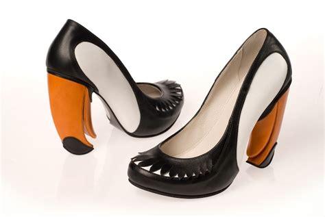 Foto Dan Sepatu Wakai foto sepatu sepatu high heel yang lucu dan aneh