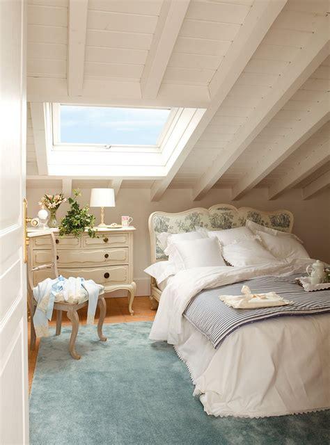 Habitaciones Juveniles Para Espacios Pequenos #4: Pintar_vigas_en_blanco_comoda_como_mesilla_947x1280.jpg