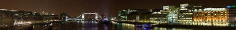 File:London skyline at night facing tower bridge.jpg ...