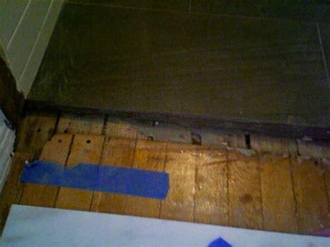 Tile threshold on Hardwood Flooring?   DoItYourself.com