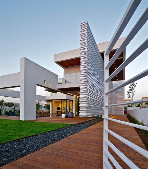 25 best ideas about villa 25 best ideas about modern villa design on pinterest