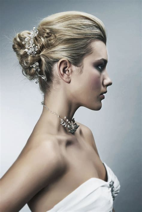 Wedding Hairstyles For 2017 by Bridal Hair Trends For 2017