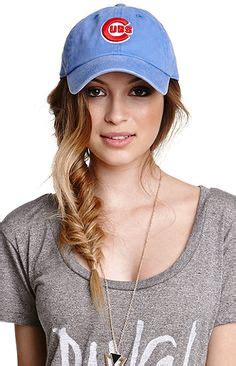 wear a hat with braids how to wear baseball hat on pinterest 47 pins