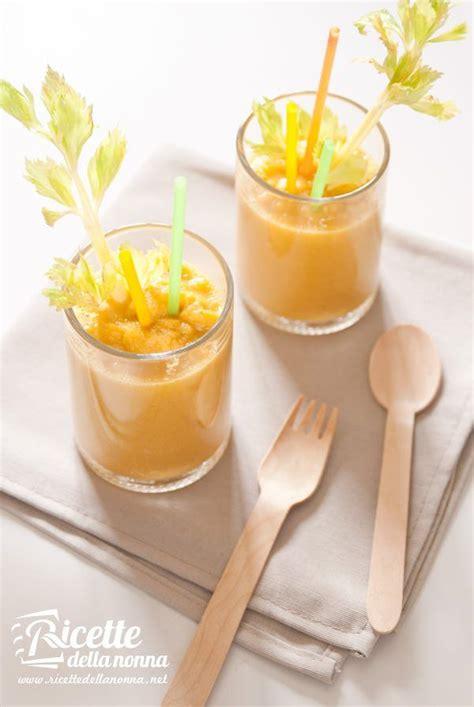 succo di carota e sedano smoothie di verdura con mela carota e sedano ricette