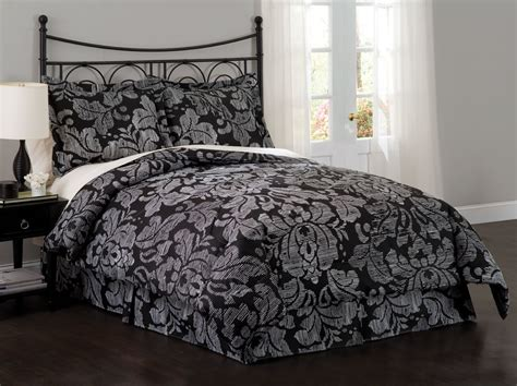 damask bedroom damask bedroom 28 images black damask wallpaper