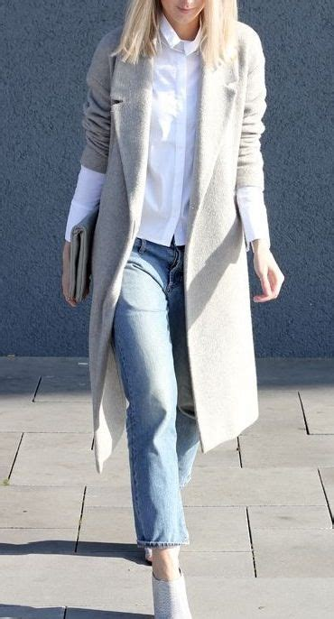 Classic Bodycone Dress Minimal 25 best ideas about white chic on white