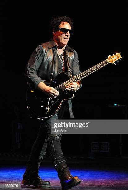 Neal Schon Pictures
