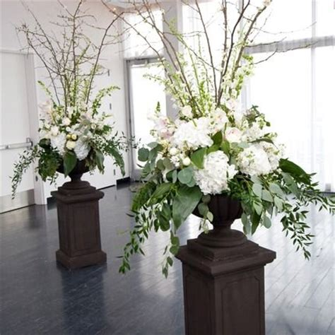 large floral centerpieces best 25 large floral arrangements ideas on