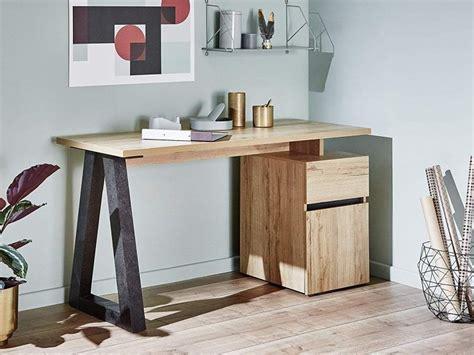 movian desks  furniture
