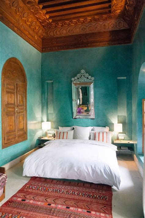 moroccan style bedroom applying moroccan inspired bedding theme ifresh design