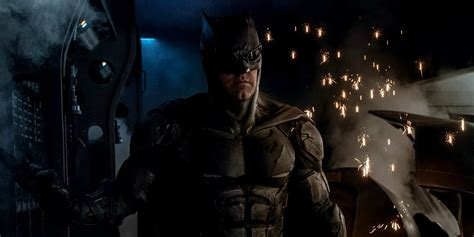 justice league in film justice league ben affleck discusses tactical batman costume