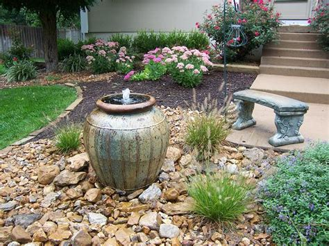 Backyard Water Ideas by Small Backyard Water Feature Ideas Marceladick