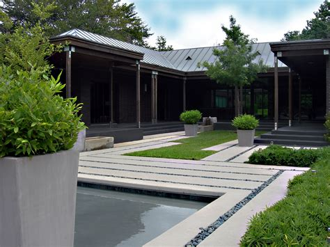 Courtyard Style House Plans by Kn 228 Ak Design Group Launches New Online Landscape Design Model