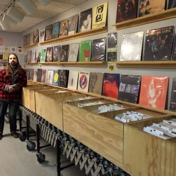 Providence Records Olympic Records 53 Photos 34 Reviews Vinyl Records 580 Wickenden St