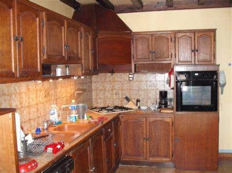Supérieur Peindre Plan De Travail Cuisine #3: peindre-plan-de-travail-cuisine-16-quelle-couleur-choisir-pour-rendre-ma-cuisine-plus-moderne-550-x-413.jpg