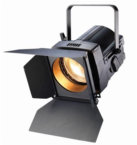 etc source four fresnel 750w zoom barndoor lighting