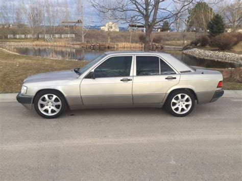 car engine manuals 1994 mercedes benz e class security system service manual intructions for a removing 1991 mercedes benz e class clutch pedal mercedes