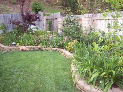 backyard border landscaping ideas landscaping border ideas for front yard garden post